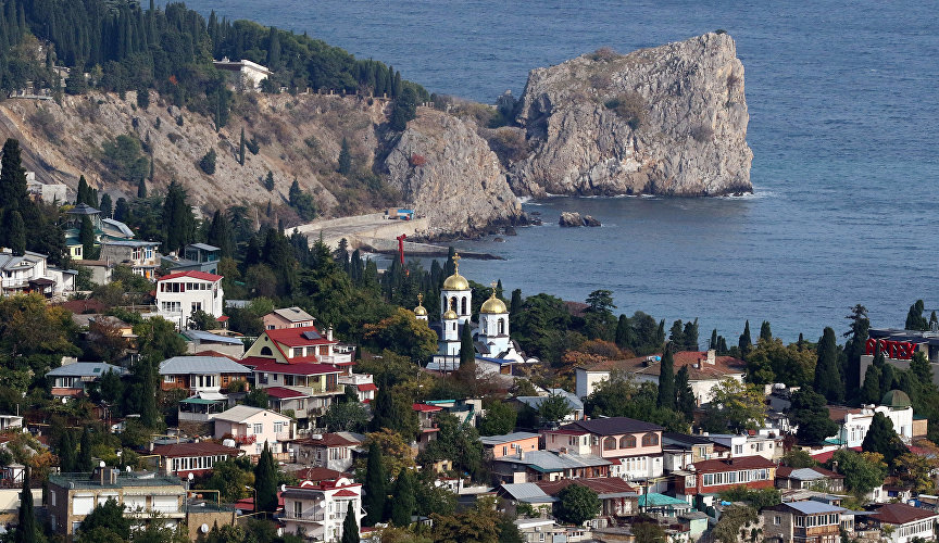 Gurzuf is located 18 km North-East of Yalta, on the Northern coast of the Black sea